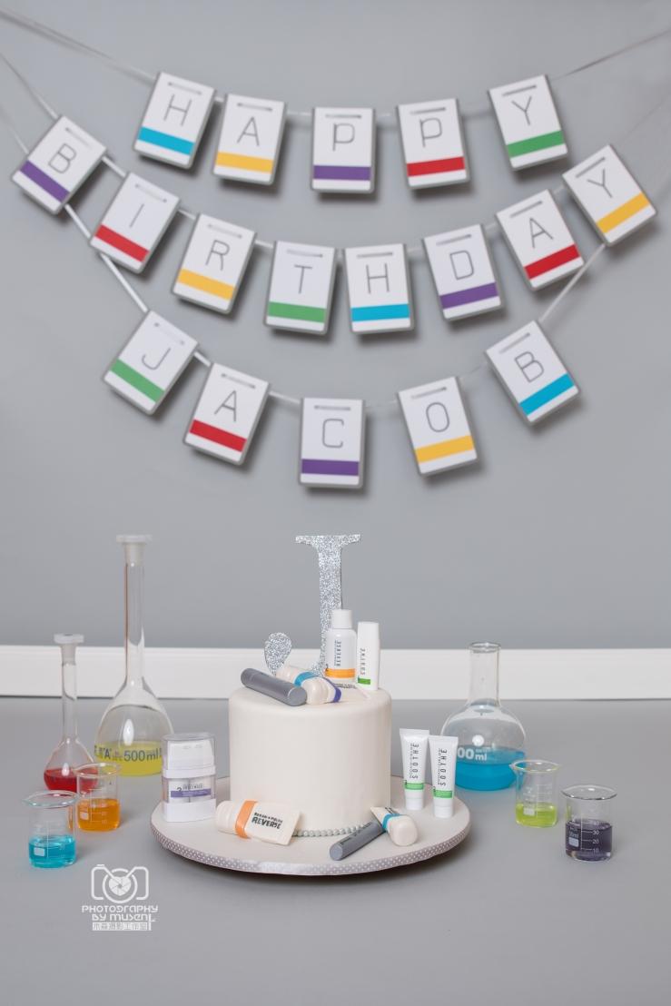R+F Cake Smash Setup