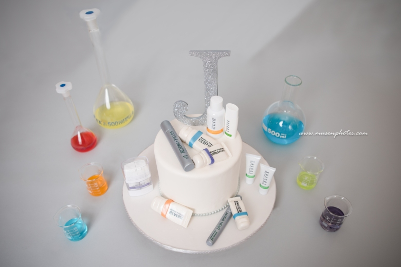 R+F Smash Cake 2